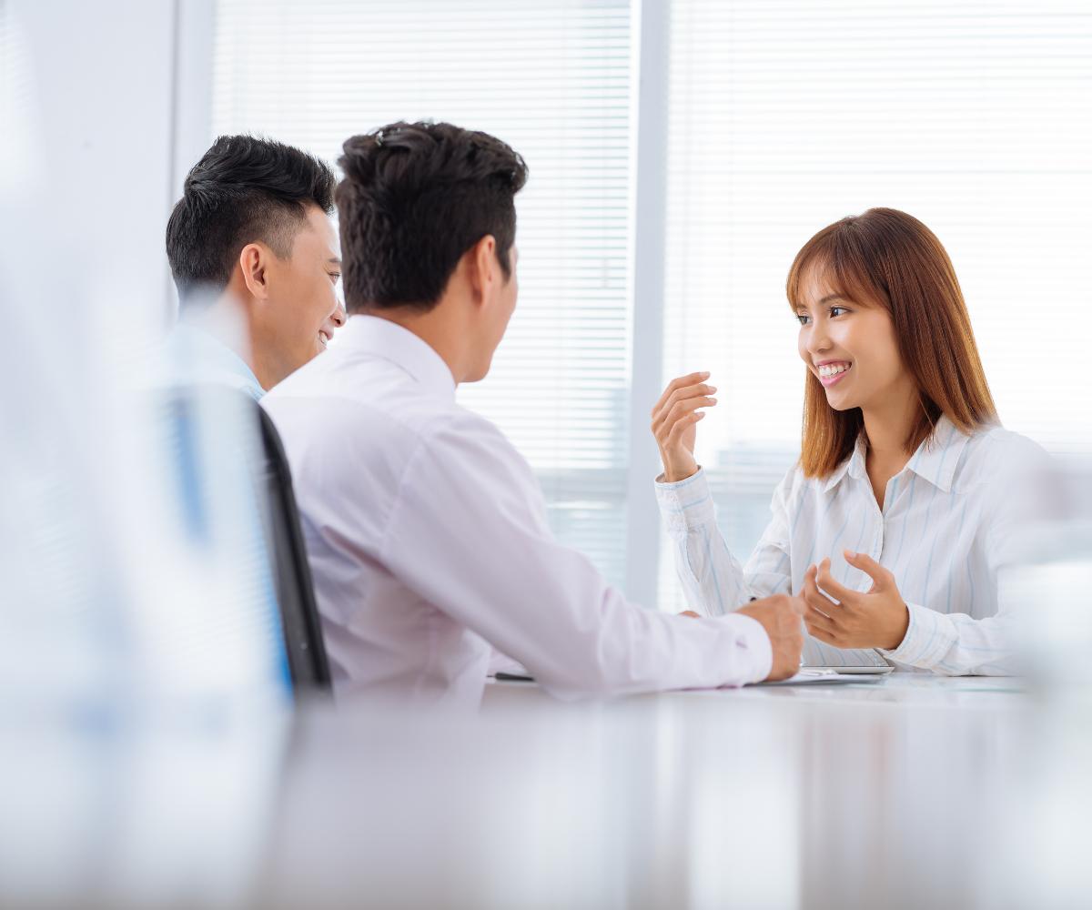 Responsabilitățile angajatorilor români recrutare personal Asiatic